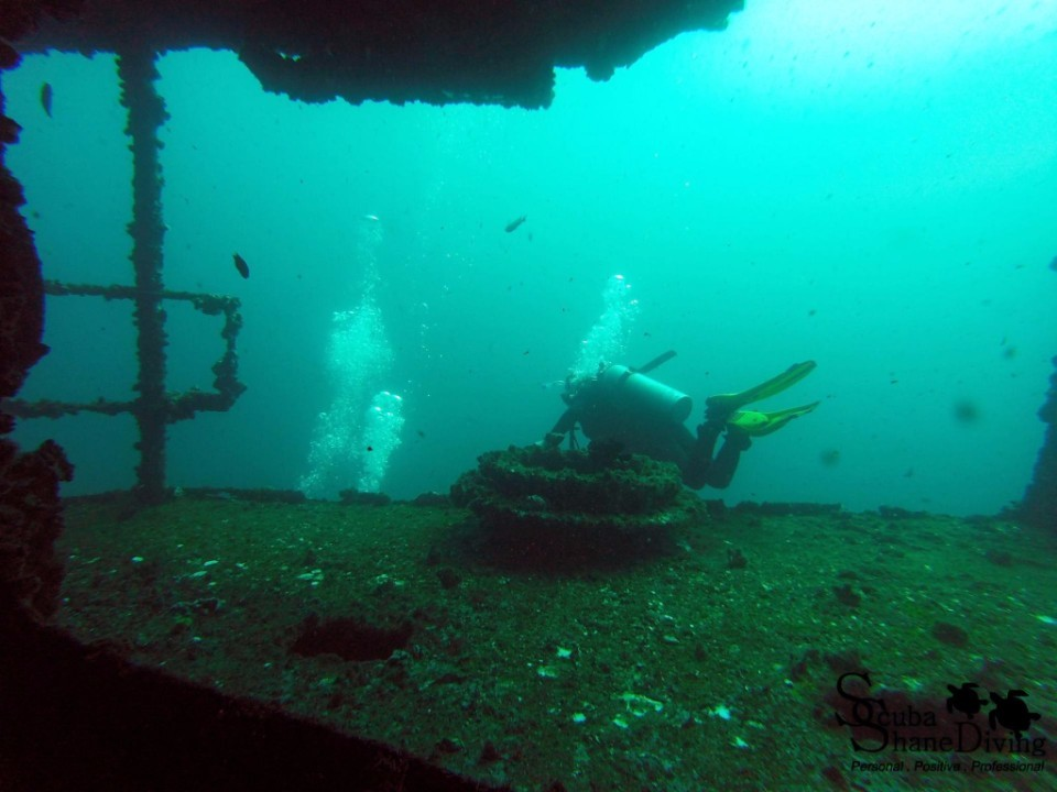 wreck diving brisbane
